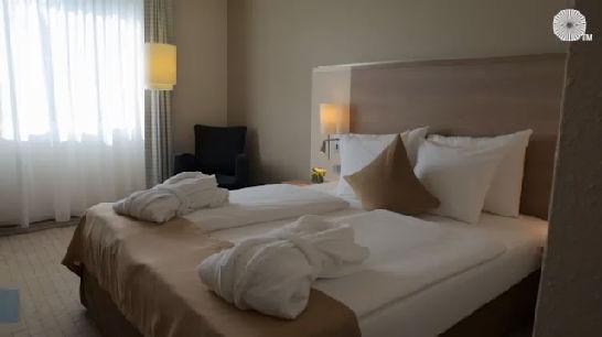 Https Www Accorhotels Com Fr Hotel 0340 Hotel Mercure Annecy Sud